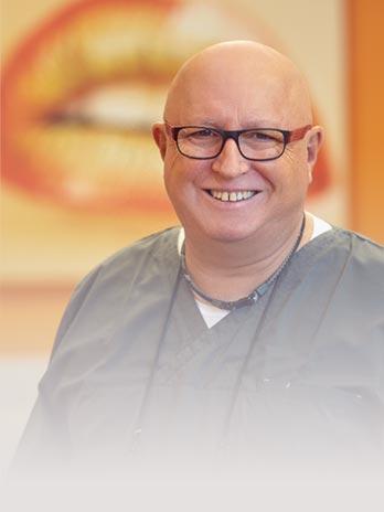 Zahnarzt/Implantologe Dr. Rainer Gassenpflug