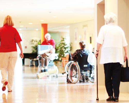 Zahn Docs Diez: Alterszahnmedizin für Senioren in Pflege